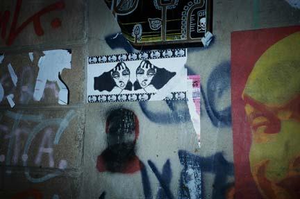Raval Grafiti, Sticks...